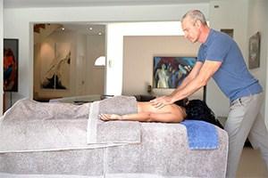 massage à domicile femme valbonne