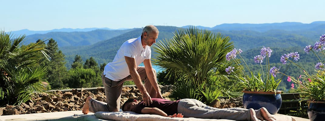 blue tree massage shiatsu man