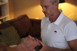 massage visage anti-age homme à domicile cannes